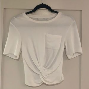 Aritiza-Wilfred-Free-Subah-Knotted-Tee